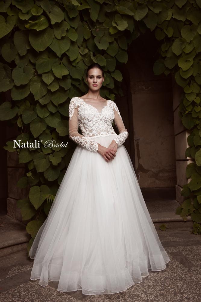 Svatební šaty Brno - svatební salon  25c41de023