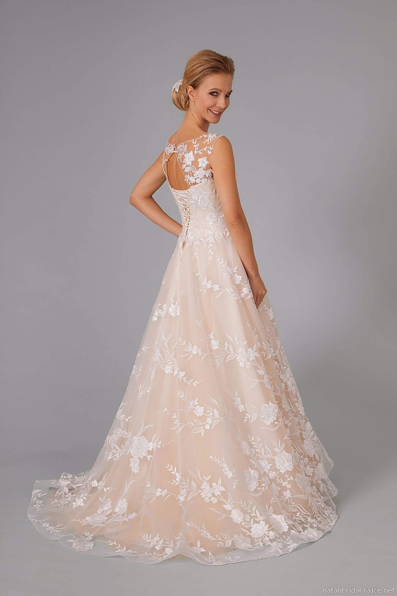 b788927299b1 Svatební šaty Brno - svatební salon